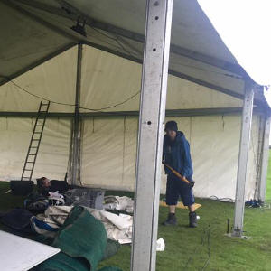 putting the tent up
